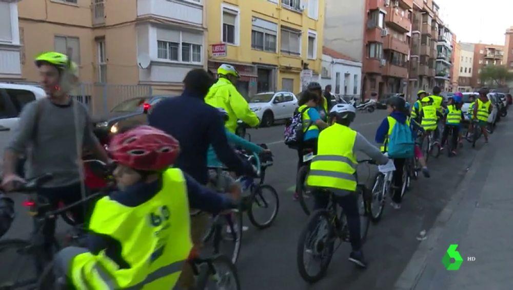 El bicibus, la manera para que los niños vayan al colegio de la forma más sostenible que ya es realidad en España