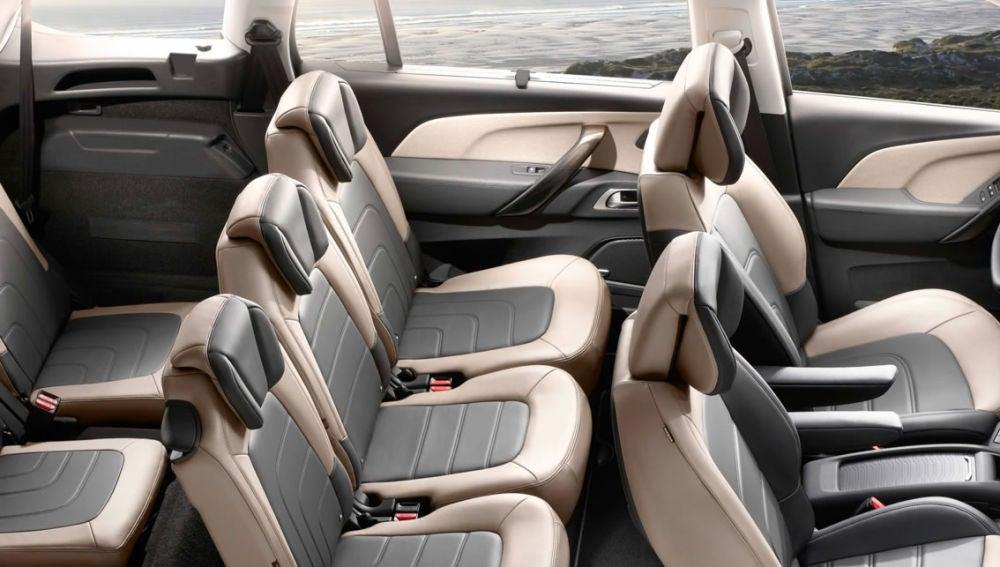 Interior del Citroën Grand C4 Spacetourer
