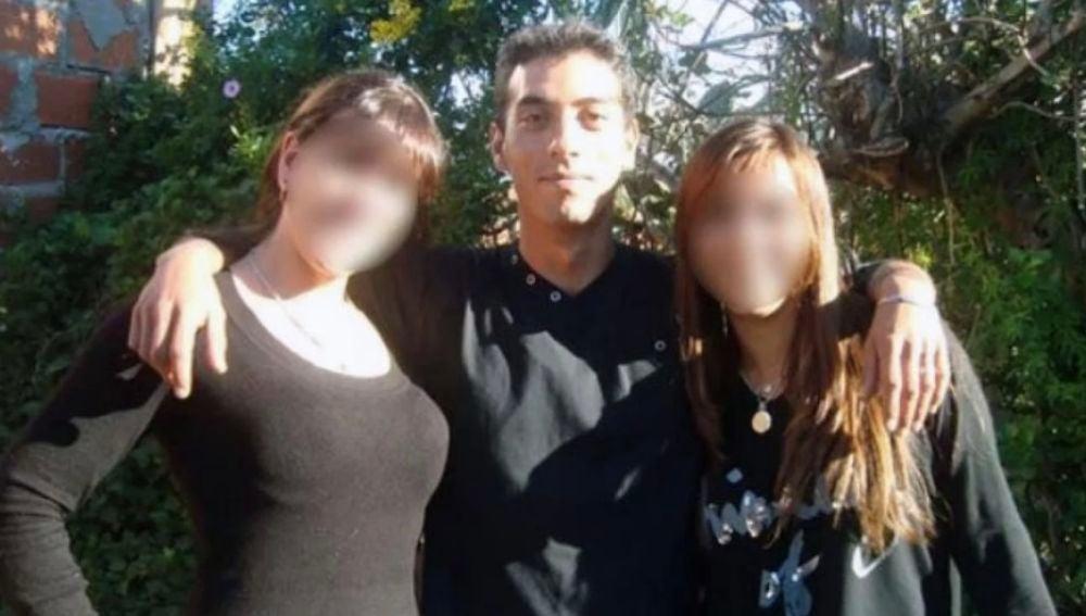 Imagen de un agresor sexual que abusó de su mujer y su hijastra