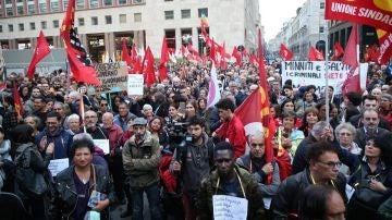 Manifestación en Riace en apoyo a Domenico Lucano