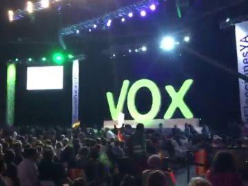 La ultraderecha desembarca en España: VOX demuestra su fuerza llenando el Palacio de Vistalegre