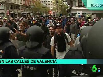 Manifestantes amenazan a la prensa en Valencia