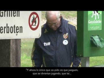 El emotivo homenaje de la RFEF a Luis Aragonés diez años después de la Euro