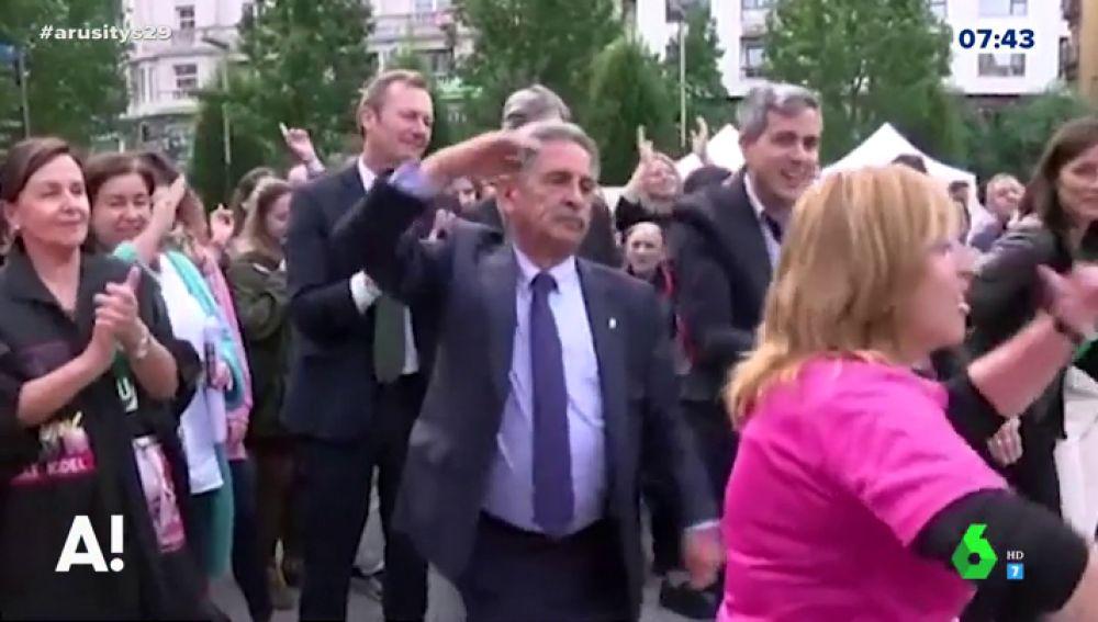 El baile viral y libre de Miguel Ángel Revilla al ritmo de Macacao
