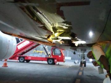 Imagen de la aeronave de Air India tras el choque contra el muro