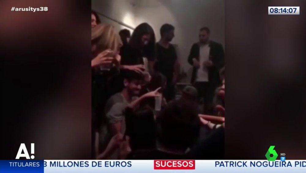 La sorprendente reacción de Cepeda cuando sus amigos le cantan 'Teléfono' de Aitana