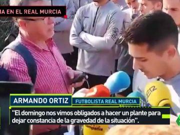 Los jugadores del Murcia llevan tres meses sin cobrar