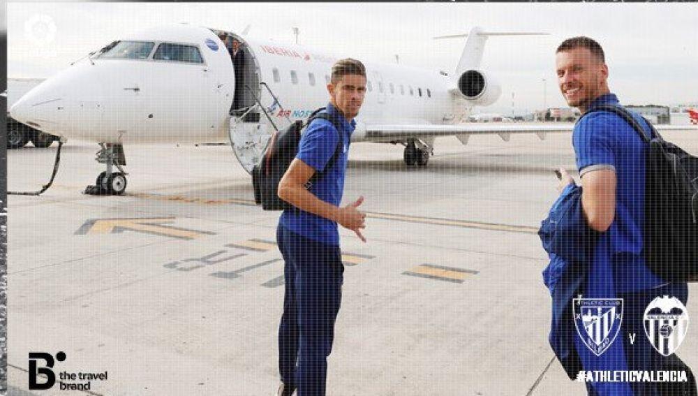 Los jugadores del Valencia, rumbo a Bilbao
