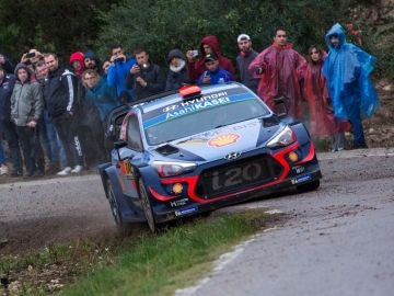 Dani Sordo al volante del Hyundai i20 WRC