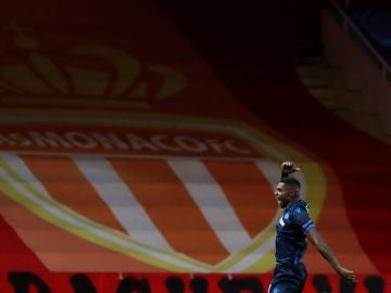 Wesley celebra su gol contra el Mónaco