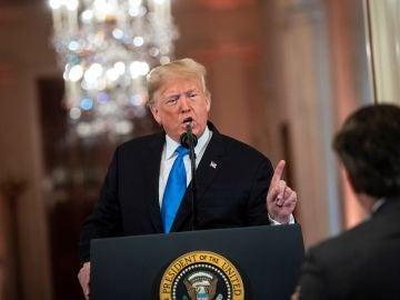 Donald Trump carga contra un periodista durante una rueda de prensa