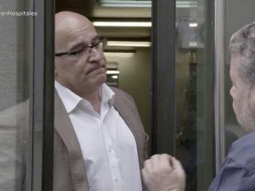 """""""No te quiero hacer perder tiempo"""": la respuesta que recibe Chicote del gerente al frente de la comida en el hospital de Barbanza"""