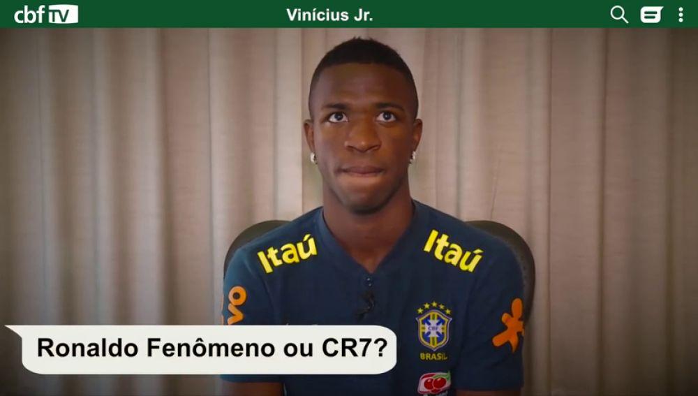 ¿Ronaldo o Cristiano? Vinicius se atreve hasta a cantar en su test más personal