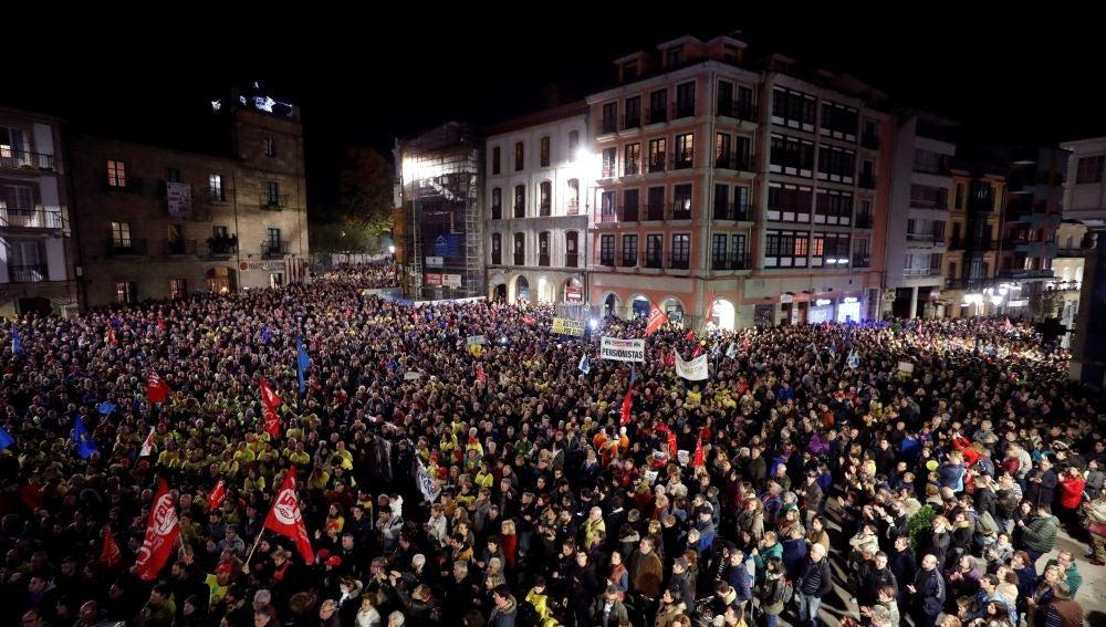 Manifestación convocada por la plantilla de Alcoa en Avilés