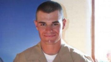 Identifican a Ian Long, de 29 años, como supuesto autor del tiroteo en un bar de California