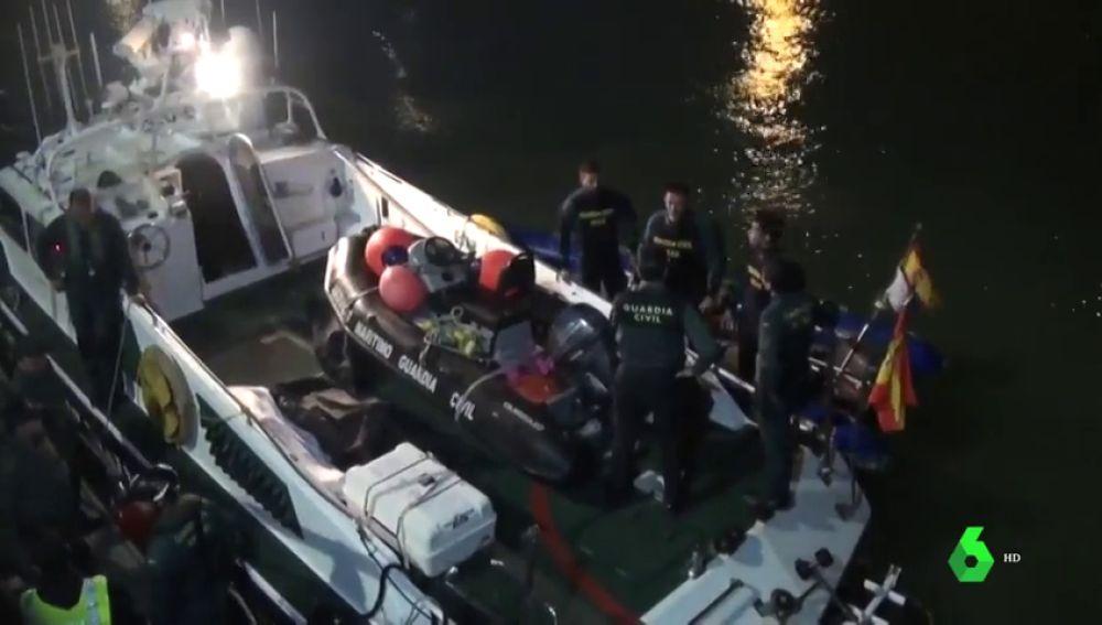 Hallan a un duodécimo migrante muerto tras el naufragio de una patera en Cádiz