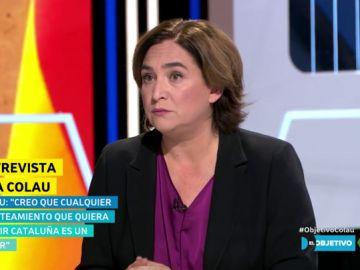 """La crítica de Colau al sector independentista: """"La vía unilateral ha provocado tensión y parálisis y de eso no se puede responsabilizar al Estado"""""""