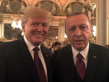 Trump junto a Erdogan en la celebración del centenario del armisticio de la Primera Guerra Mundial