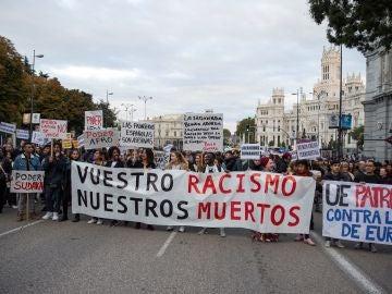 Cientos de personas se manifiestan en Madrid contra el racismo institucional