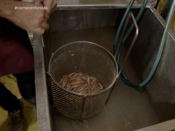 La alarmante forma de descongelar marisco en las casetas de las fiestas patronales