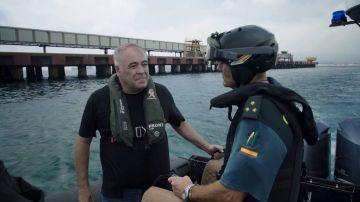 Ferreras acompaña a la Guardia Civil