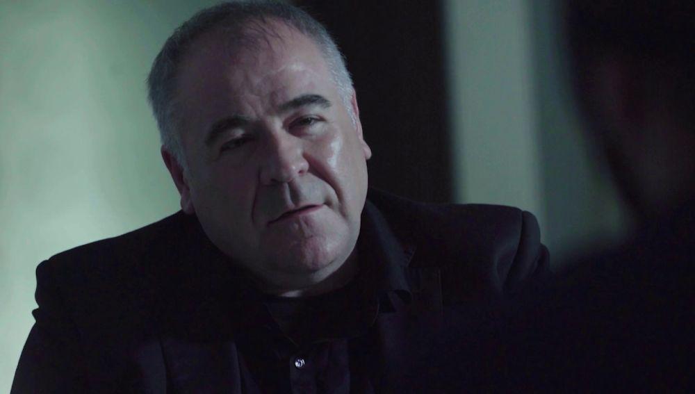 Antonio García Ferreras entrevista a un 'bellotero' en Estrecho