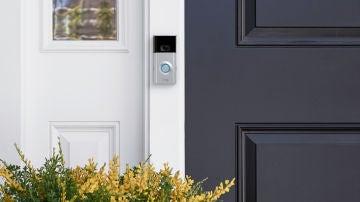 Amazon ya vende las cerraduras inteligentes Ring, cuyo futuro podría estar descrito en esta patente