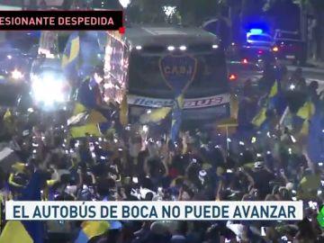 Brutal despedida al autobus de boca en Argentina