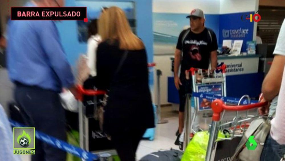 Detienen en Barajas y deportan a Argentina a uno de los cabecillas de los 'barras bravas' de Boca