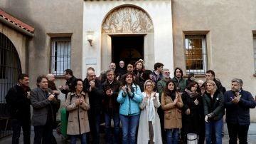 Diputados soberanistas del Parlament y activistas que hoy han iniciiado un ayuno de 24 horas