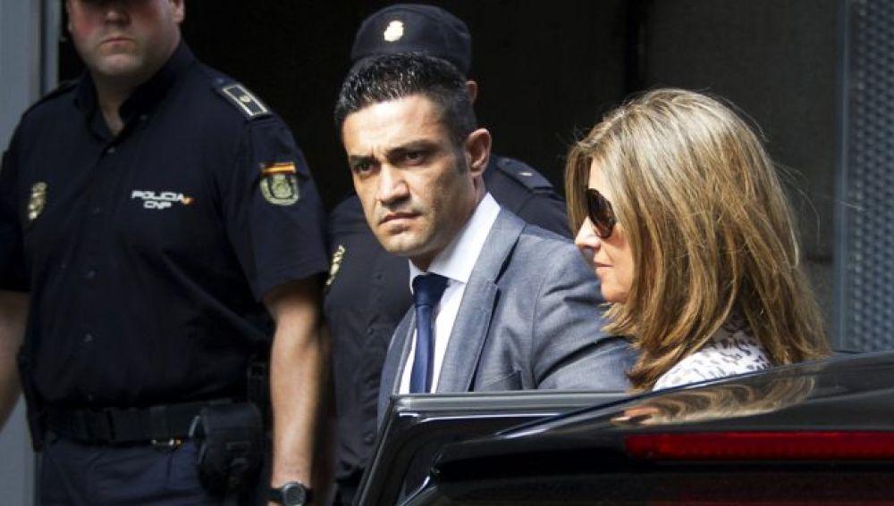 Sergio Ríos, el chofer de Bárcenas, junto a Rosalía Iglesias