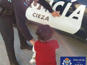 Niña 'rescatada' en Cieza por la Policía