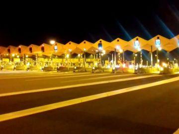 Noticias Fin de Semana (09-12-18) Los CDR levantan las barreras de varios peajes en Cataluña