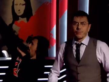 Juan Carlos Monedero rapeando