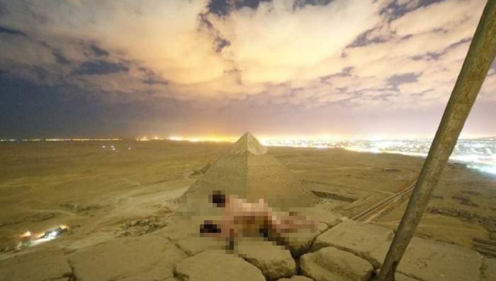Sexo en la pirámide