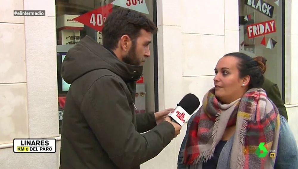 Gonzo habla con una vecina de Linares