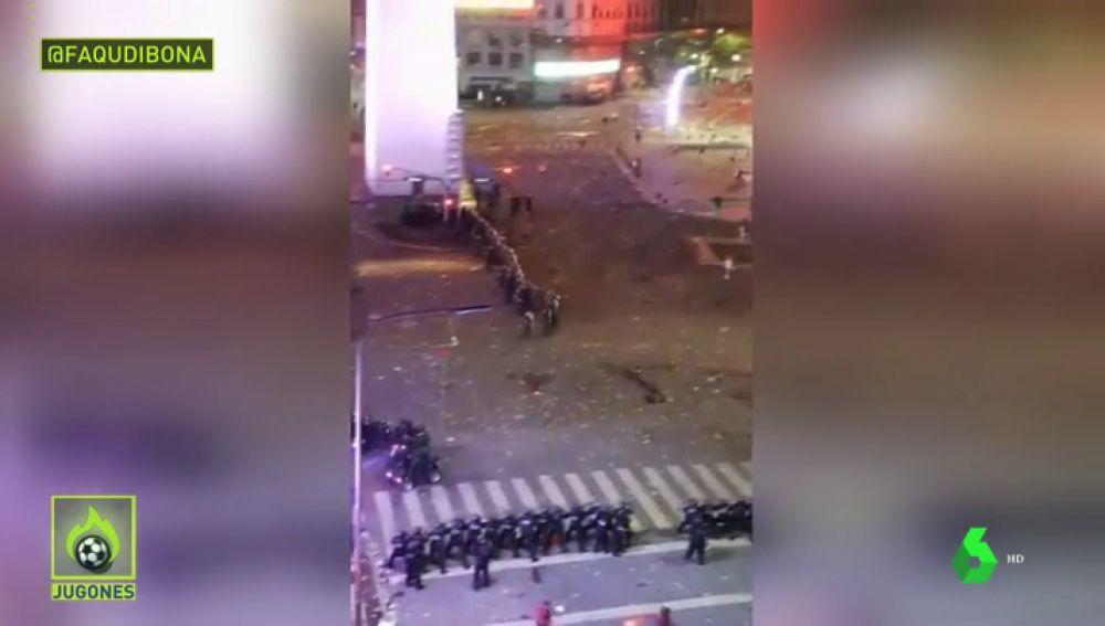 Celebración y disturbios en Buenos Aires: la Policía desalojó los festejos por la violencia de los hinchas de River Plate