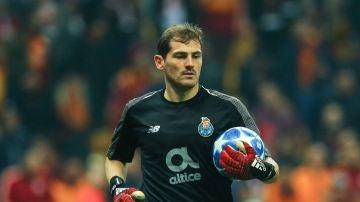 Iker Casillas consigue su victoria 100 en Champions contra el Galatasaray