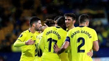 Los jugadores del Villarreal celebran uno de los goles contra el Spartak