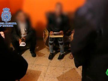 Liberan a un menor de 16 años que era explotado sexualmente por su familia en Santander