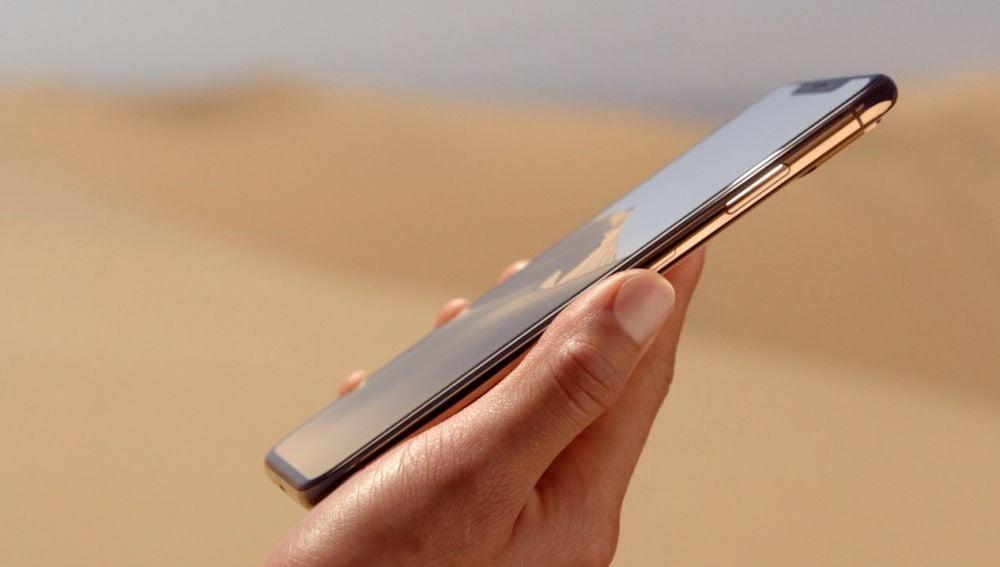 Las posibles bajas ventas de los iPhone estas navidades han motivado a que la compañía baje precios