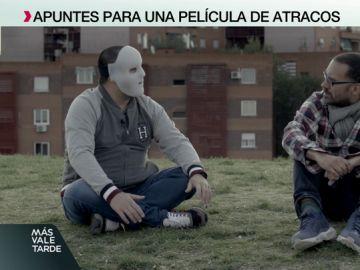 'Flako' aparece siempre con una máscara en la película