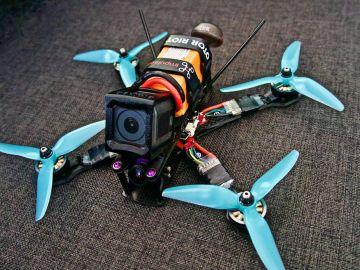 Es recomendable desconectar por completo los juguetes con cámara o micrófono cuando no se usen