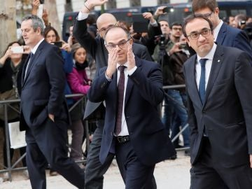 Los exmiembros del Govern Joaquín Forn, Raül Romeva, Jordi Turull y Josep Rull a su llegada a la Audiencia Nacional antes de una comparecencia ante el juez.