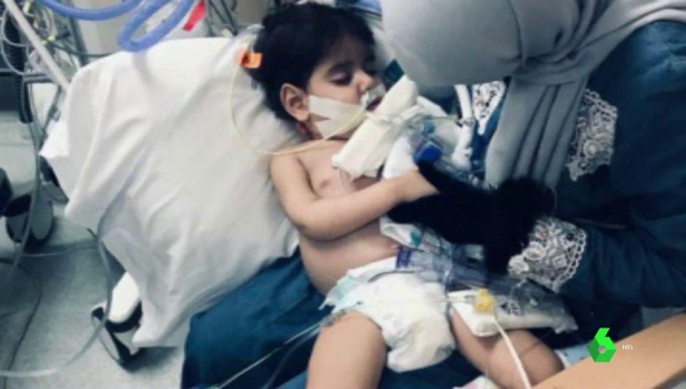 niño yemení-estadounidense enfermo al que Donald Trump no dejaba ver a su madre