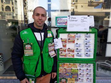 Luis Pino Fernández, vendedor de la ONCE