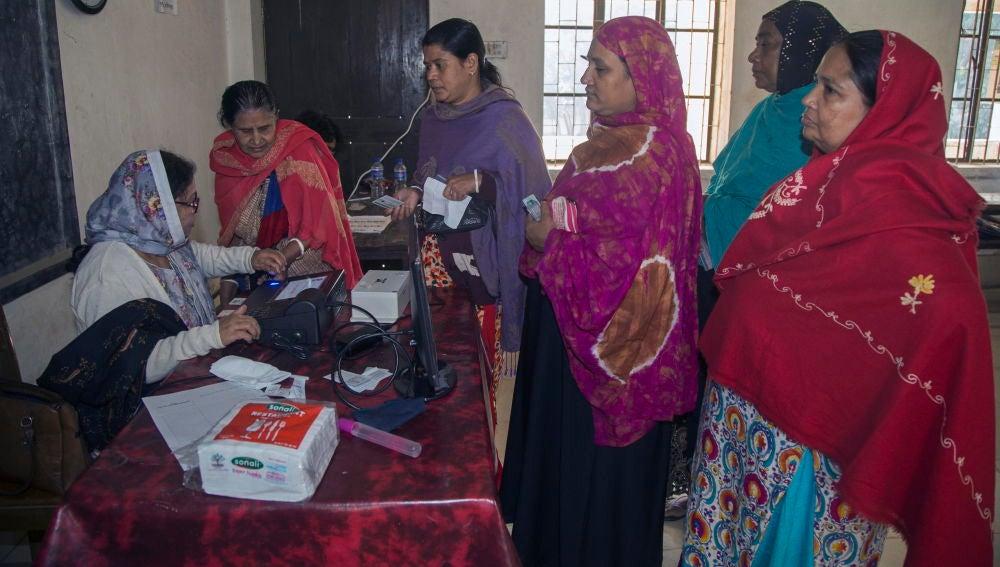Oposición bangladesí considera las elecciones una