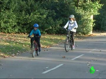 Imagen de archivo de varios ciclistas
