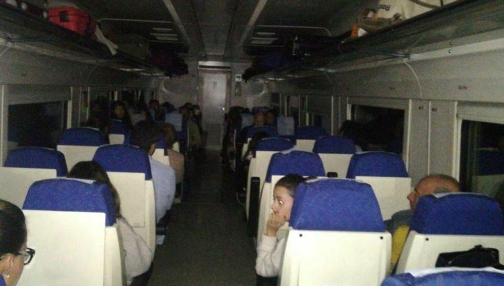 Un tren extremeño deja tirados a 180 pasajeros