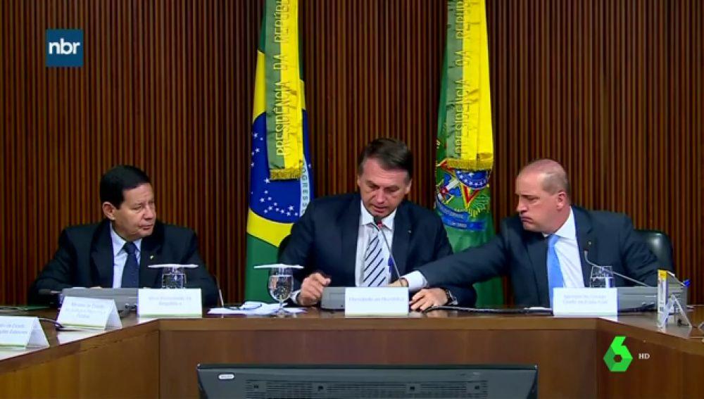 Primera reunión del nuevo Gobierno brasileño